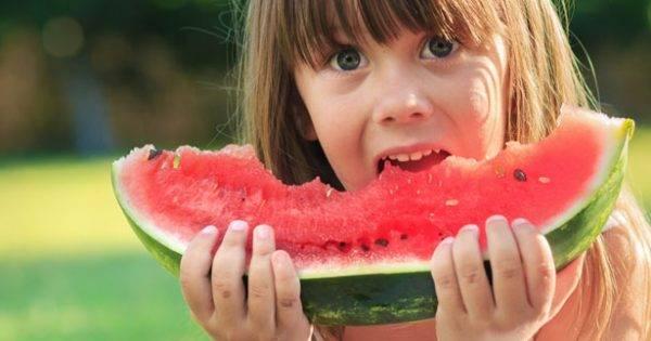 Get your children to eat healthy food | Beanstalk Mums