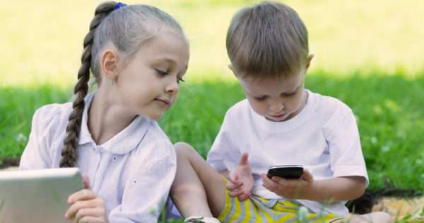 Your guide to internet safety for kids | Beanstalk Mums