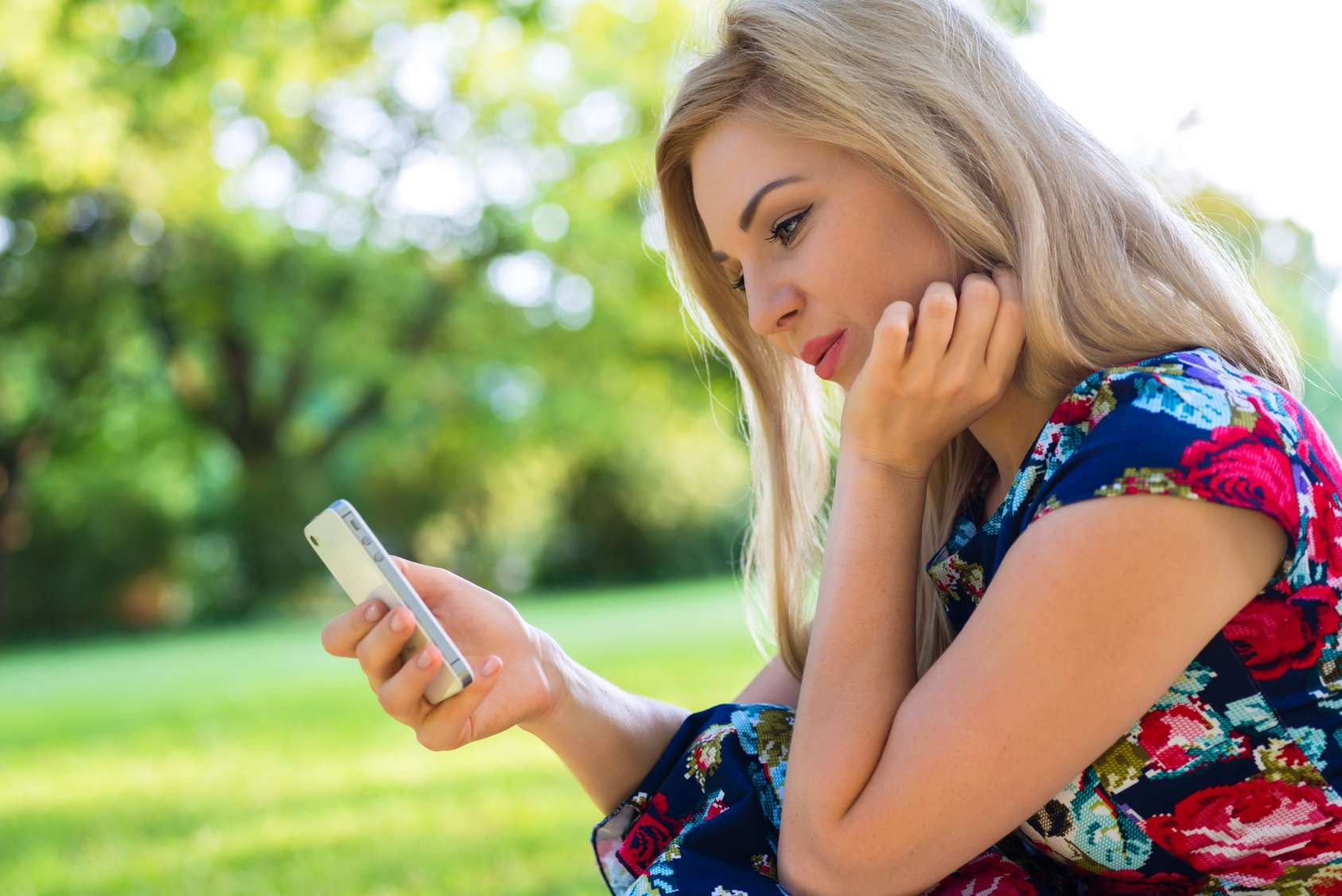 Lady online dating