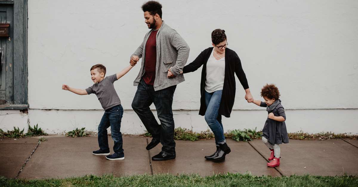 How to nurture a good relationship between your kids and your new partner | Beanstalk Mums