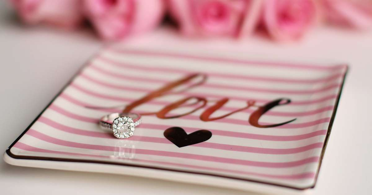 Beautiful ideas to redesign your wedding ring after divorce | Beanstalk Mums