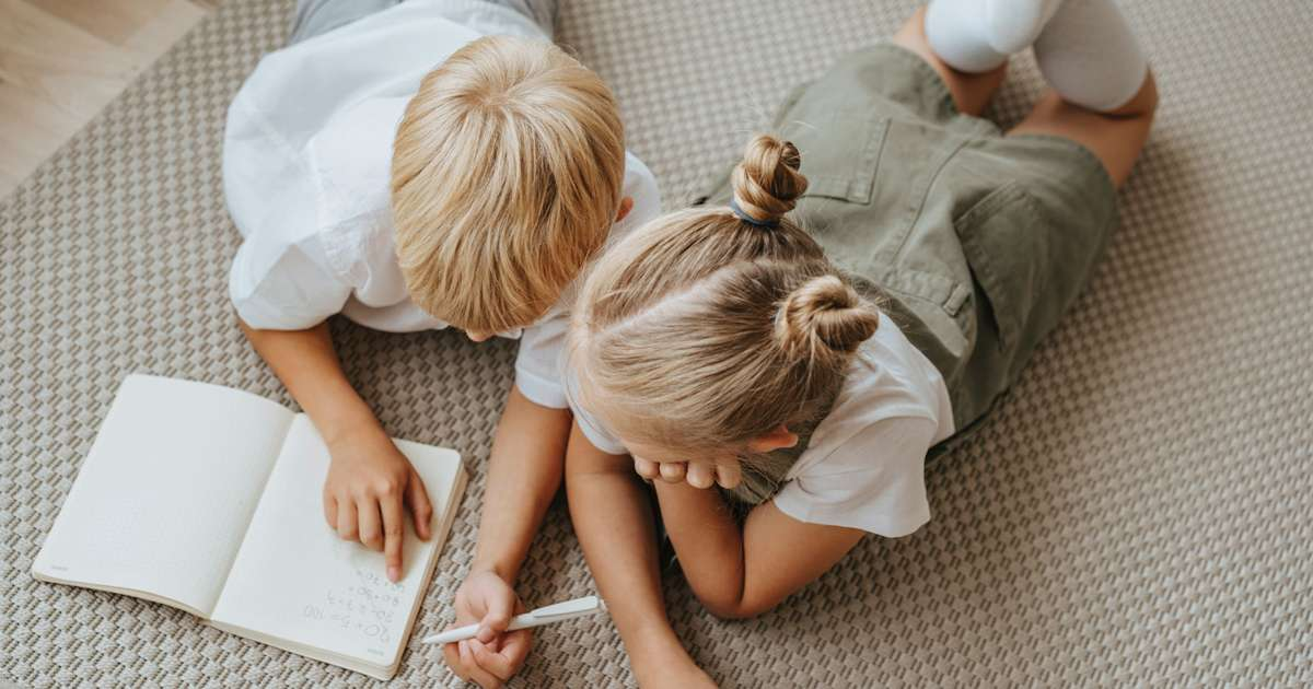 Hairstyles to prevent lice and nits   Beanstalk Mums