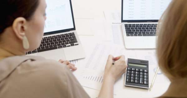 Why every parenting needs a financial advisor | Beanstalk Mums