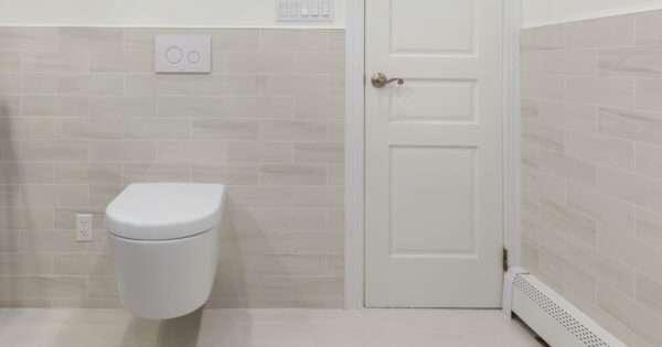 Smart toilet | Beanstalk Mums